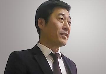 営業担当:松岡弘の顔写真