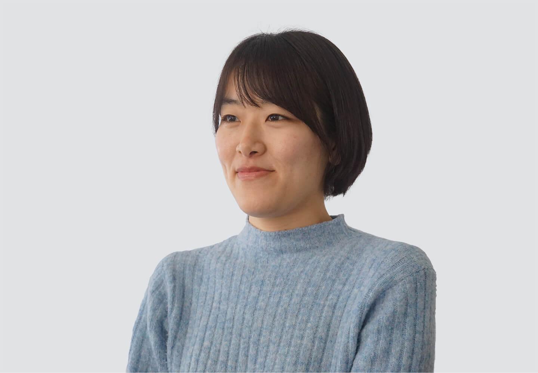 カスタマーサポート:冨谷理恵の顔写真